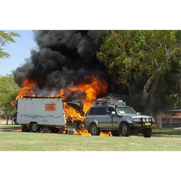 Caravan fire @ Banka Banka