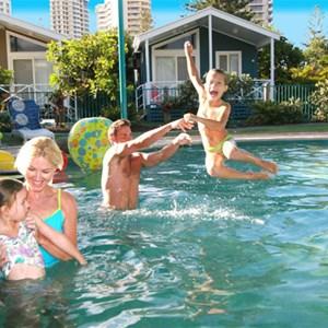 Family fun in the pool at Main Beach Tourist Park
