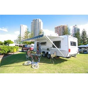 Sites for vans at Main Beach Tourist Park