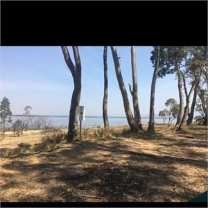 Lake Lonsdale Bush Camp