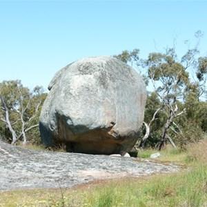 Tolmer Rocks