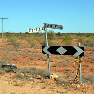 The Turn off to Yalata and the Eyre Highway