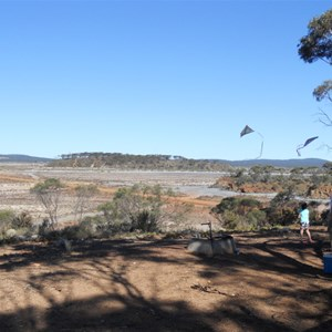 Kite flying at Lake Cowan lookout