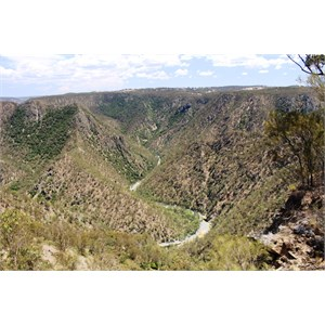 The Chandler River runs through the gorge of the Oxley Wild Rivers National Park