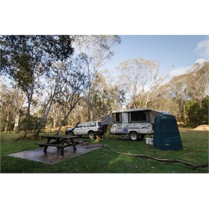 Mooraback Campground, Credit: J Spencer, Copyright: OEHand & www.nationalparks.nsw.gov.au