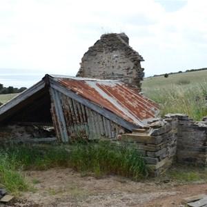 Harry Bates Cotage - Ruin