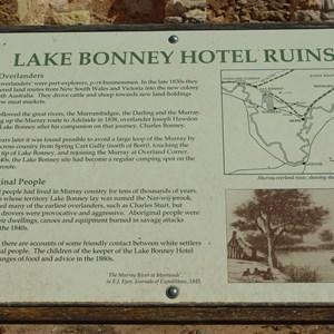 Lake Bonney Hotel Ruins