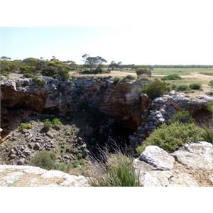 Weebubbie Cave