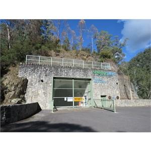 Access tunnel entrance