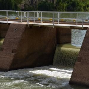 Weir & Lock 8 - Wangumma