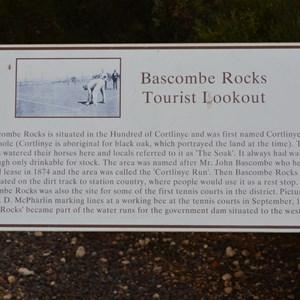 Bascombe Rocks Lookout