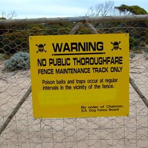 Dog Fence - Dog Fence Beach Gate
