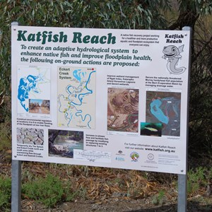 Katfish Reach Information Sign