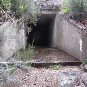 Sand trap outlet portal