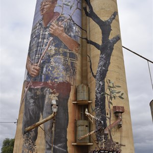 Patchewollock silo art