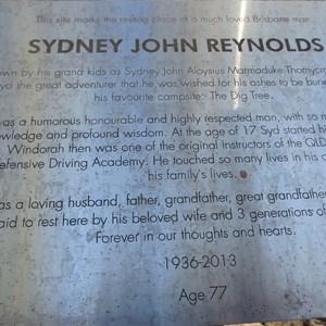 Sydney John Reynolds gravesite