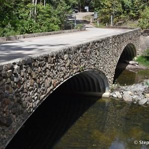New bridge over Woobadda Creek, Bloomfield Track