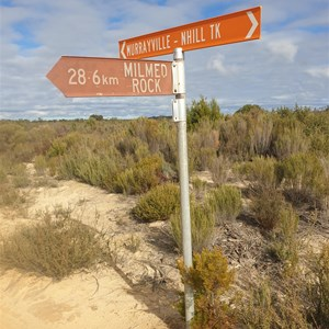 Intersection of the Milmed Rock Track and the Murrayville Track