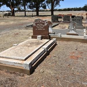 Farrell Flat Cemetery