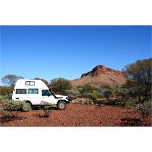 Nice bush camping near Mt Leisler