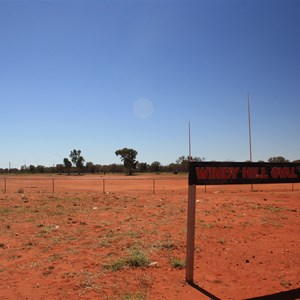 Windy Hill Oval, Ampilatwatja