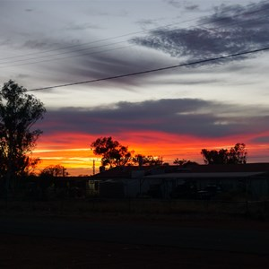 Ampilatwatja sunset