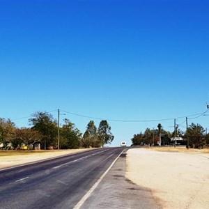 Approaching Kynuna from Winton