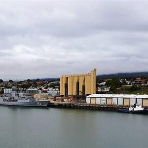 HMAS Swan at Devonport wharf