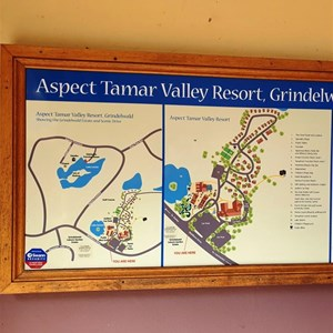 Map and plan of the Aspect resort