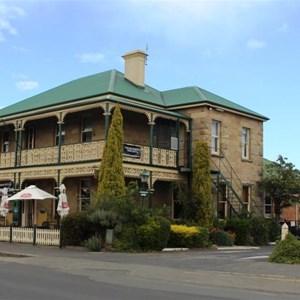 Richmond's hotel, The Richmond Arms