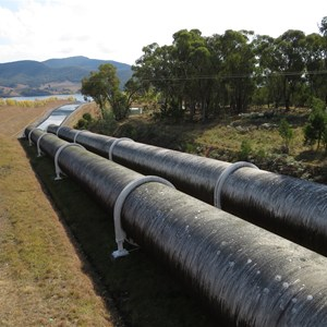 Twin pipelines