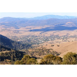 Omeo from lookout
