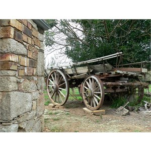 Old dray in Delegate rest area