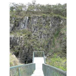 Apsley Falls lookout