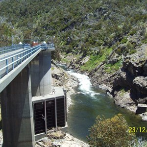 Intake structure trashracks exposed,Tumut River behind