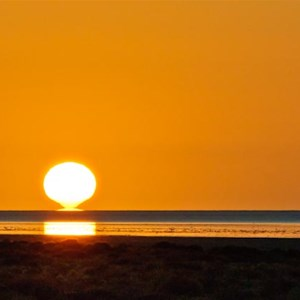 Sunrise on Lake Eyre Nth