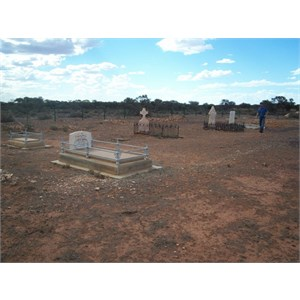Lake Darlot Cemetery