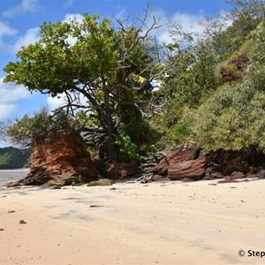 Elim Beach Coloured Sands