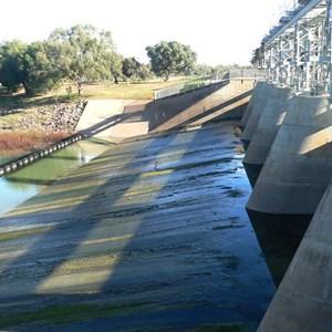 Main Menindee Lakes Weir adjacent to campground