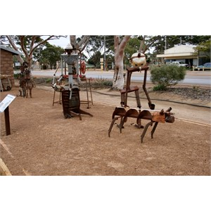 Sculptures Hyden