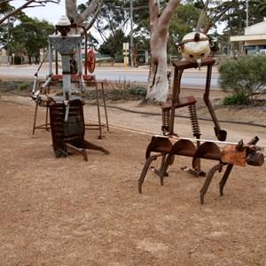Sculptures Hyden